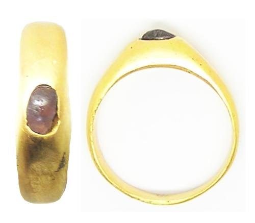 Medieval English Gold & Amethyst Stirrup Ring