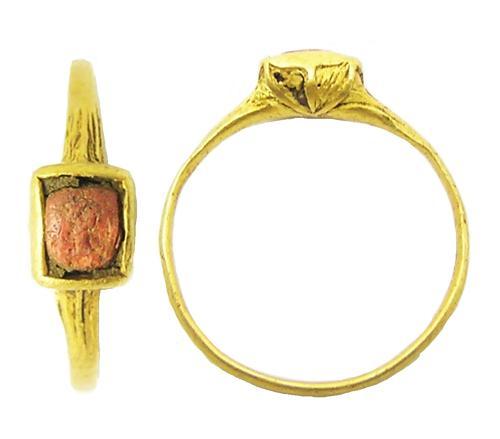 Elizabethan Tudor Gold & Coral Set Finger Ring