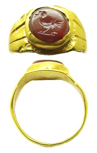 Roman Gold Intaglio Ring of a Christain Dove