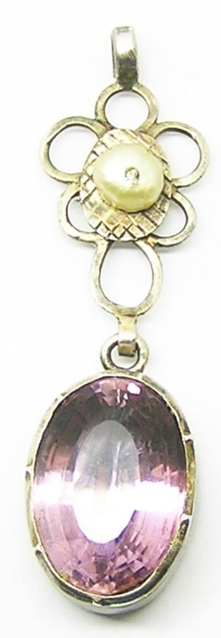 Georgian Foiled Amethyst Décolletage Jewel