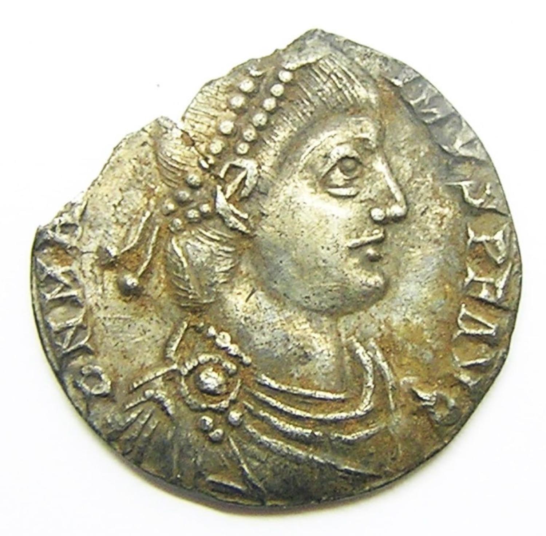 Roman Silver Miliarense of Magnus Maximus Ex. Thruxton Hoard