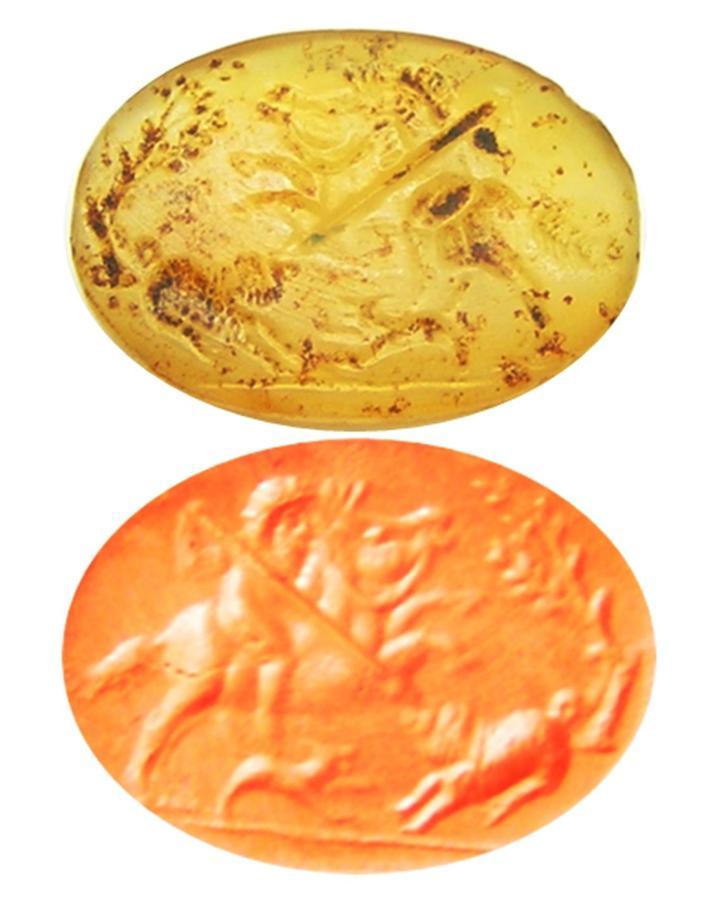 Rare Greco-Persian Chalcedony Scaraboid Intaglio Hunting Scene