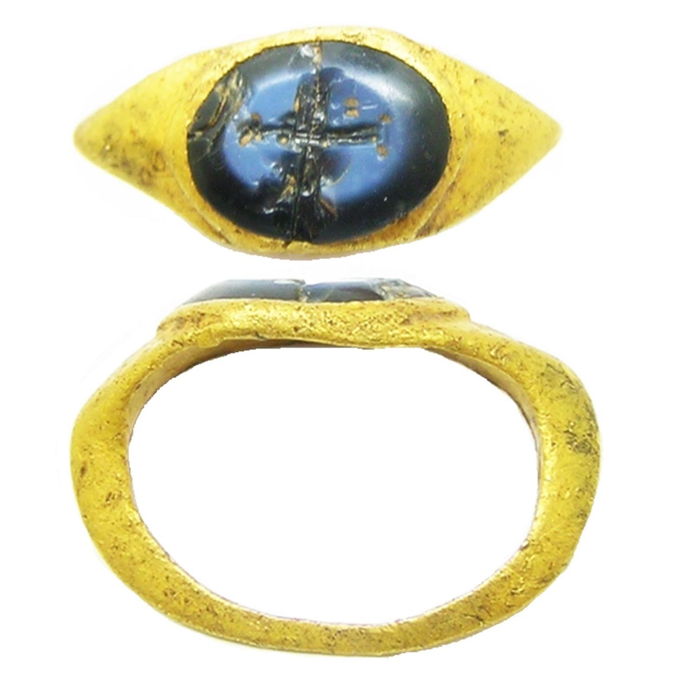 Roman Gold Intaglio Ring Nicolo Gem of Ceres