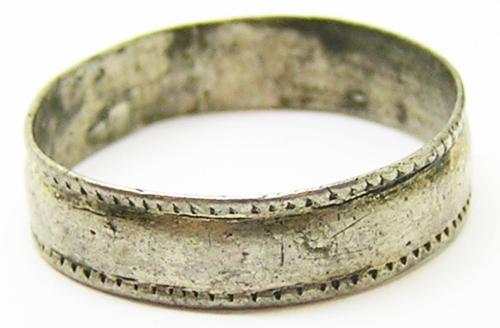 Jacobean Silver Finger Ring