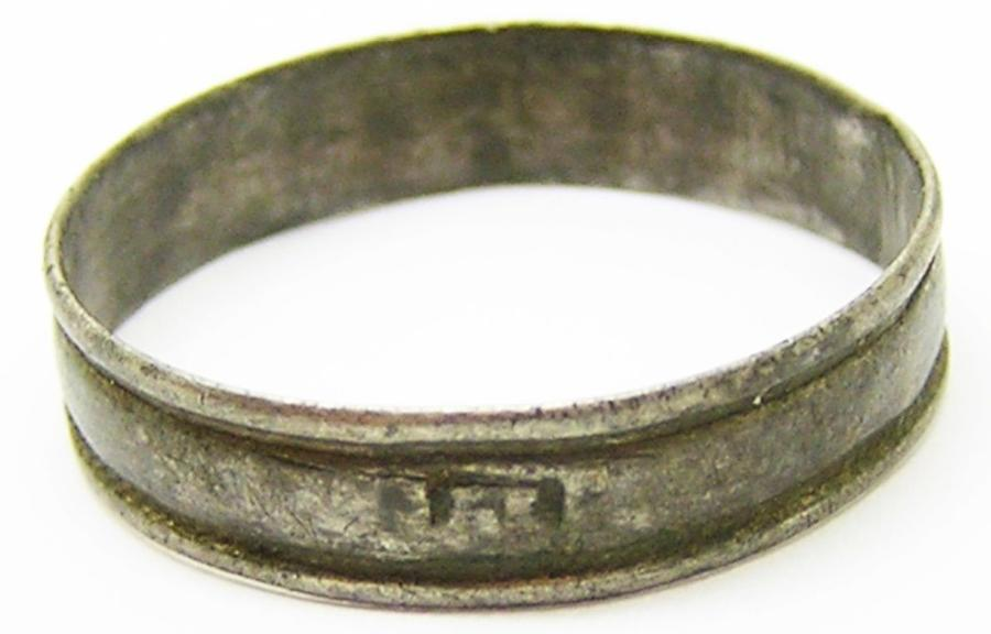 Jacobean Silver Finger Ring