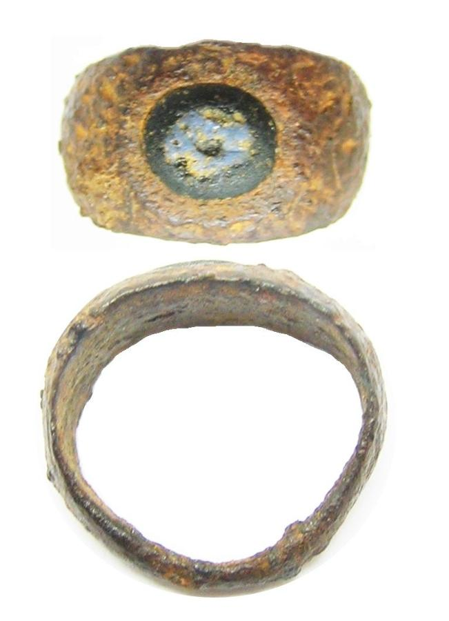 Ancient Roman Iron & Nicolo Glass Intaglio Ring