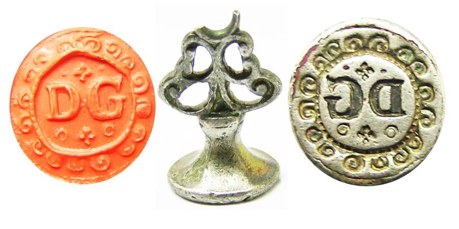 Jacobean silver-gilt seal matrice D.G. initials