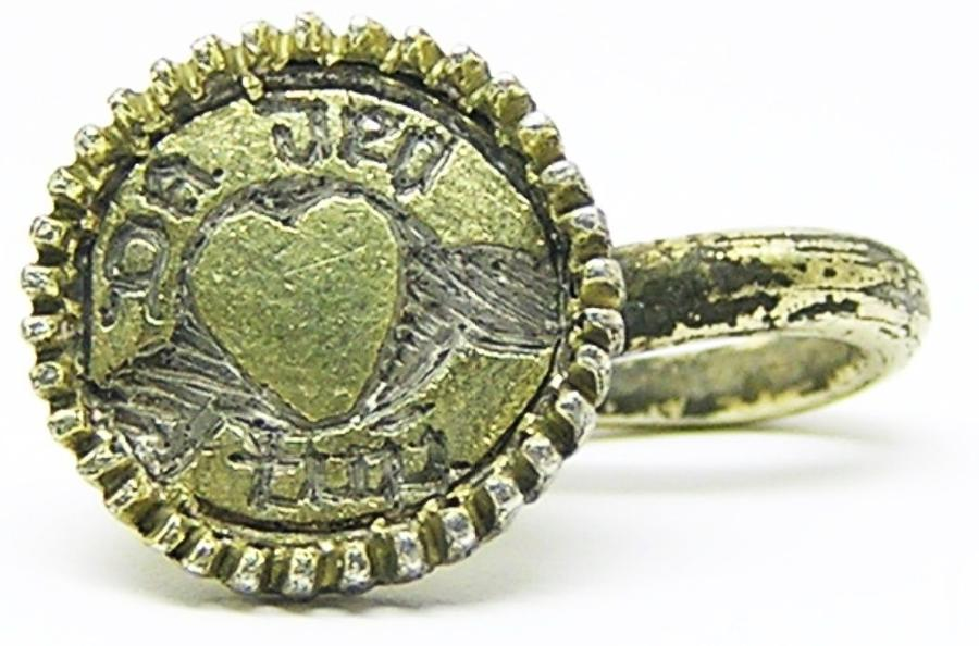 Tudor silver gilt hat pin / badge inscribed heart