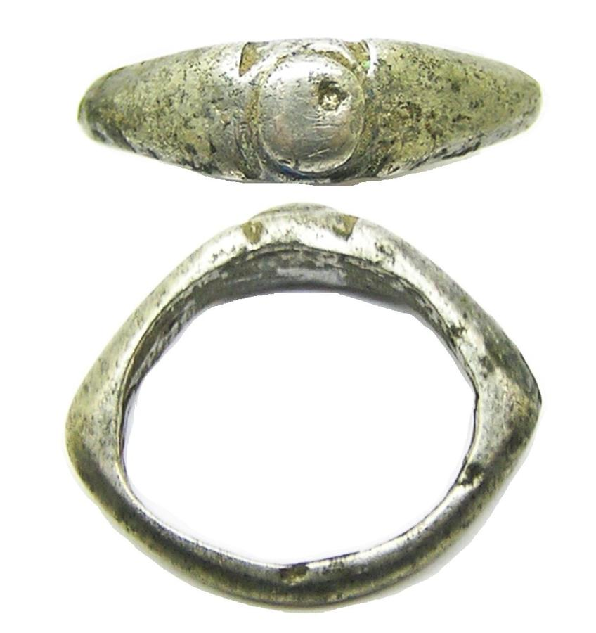 Roman silver finger ring Heing type VIII