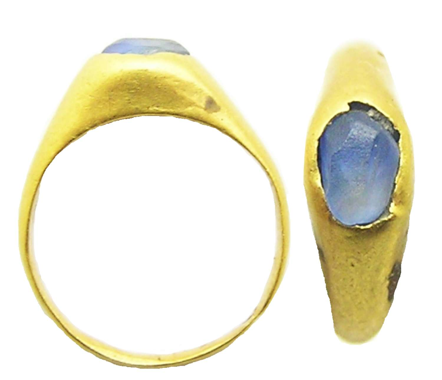 Medieval gold and sapphire stirrup ring