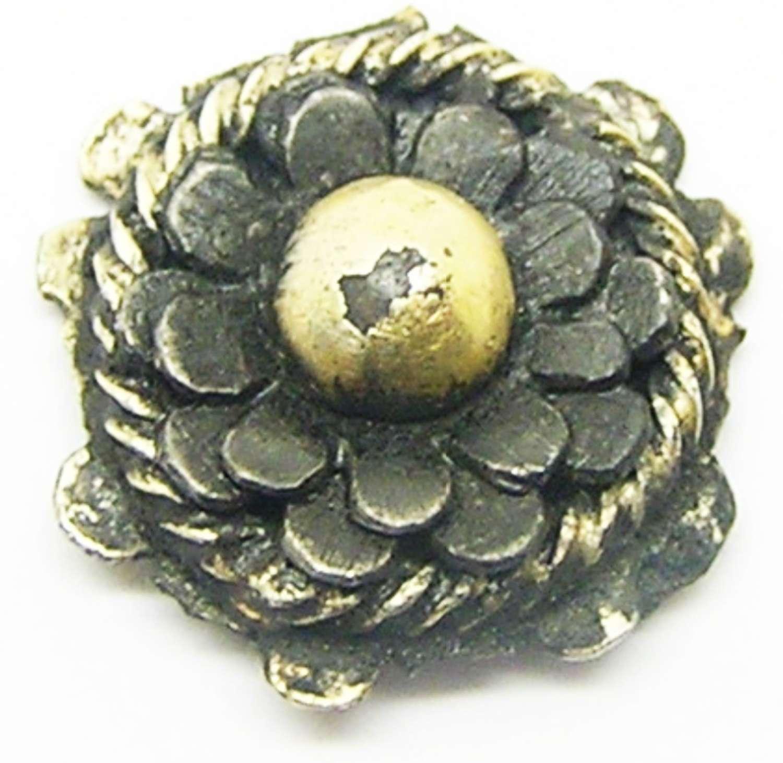 Tudor rose silver-gilt dress hook clothing fastener