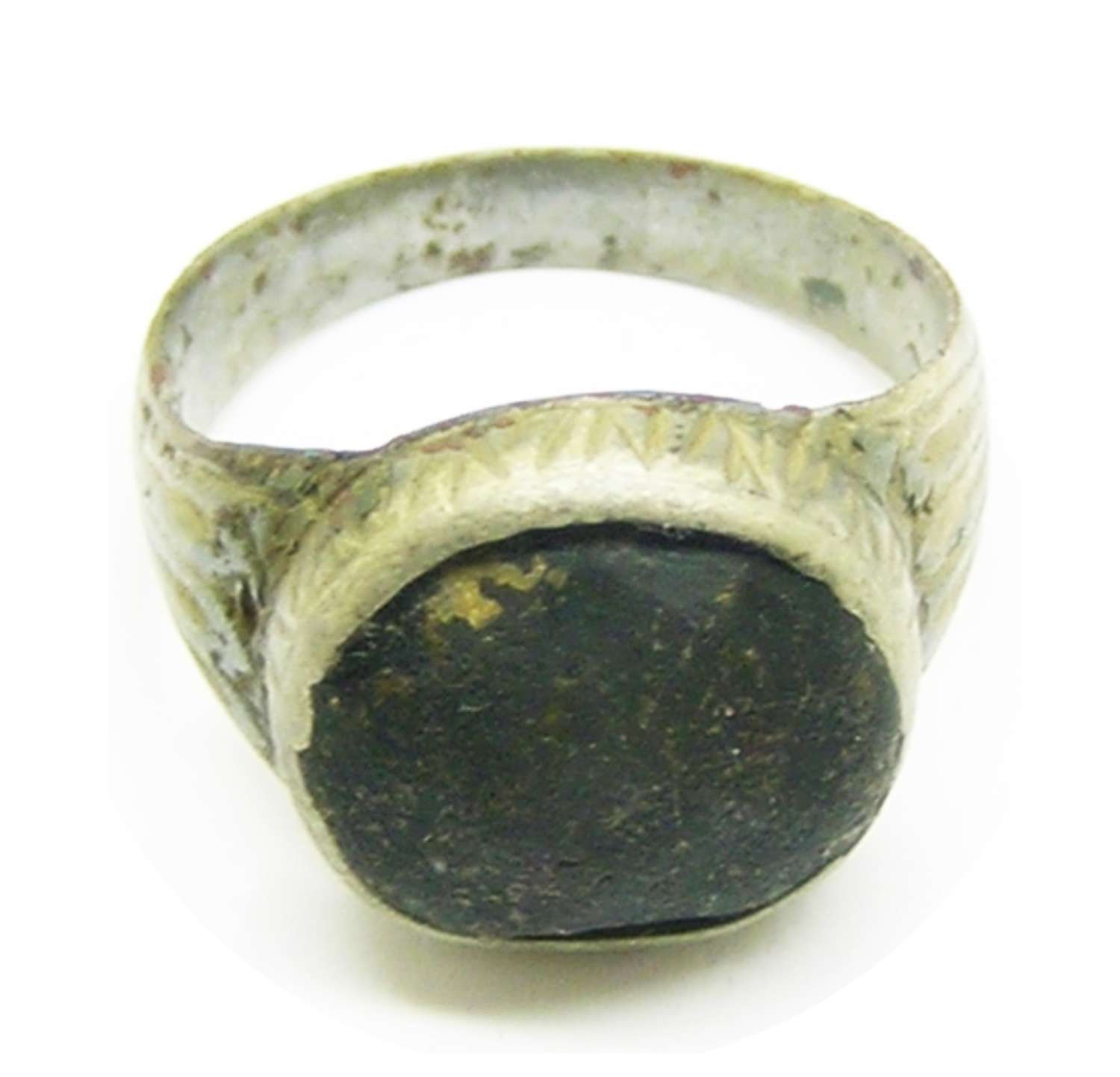 Renaissance silver finger ring jet paste