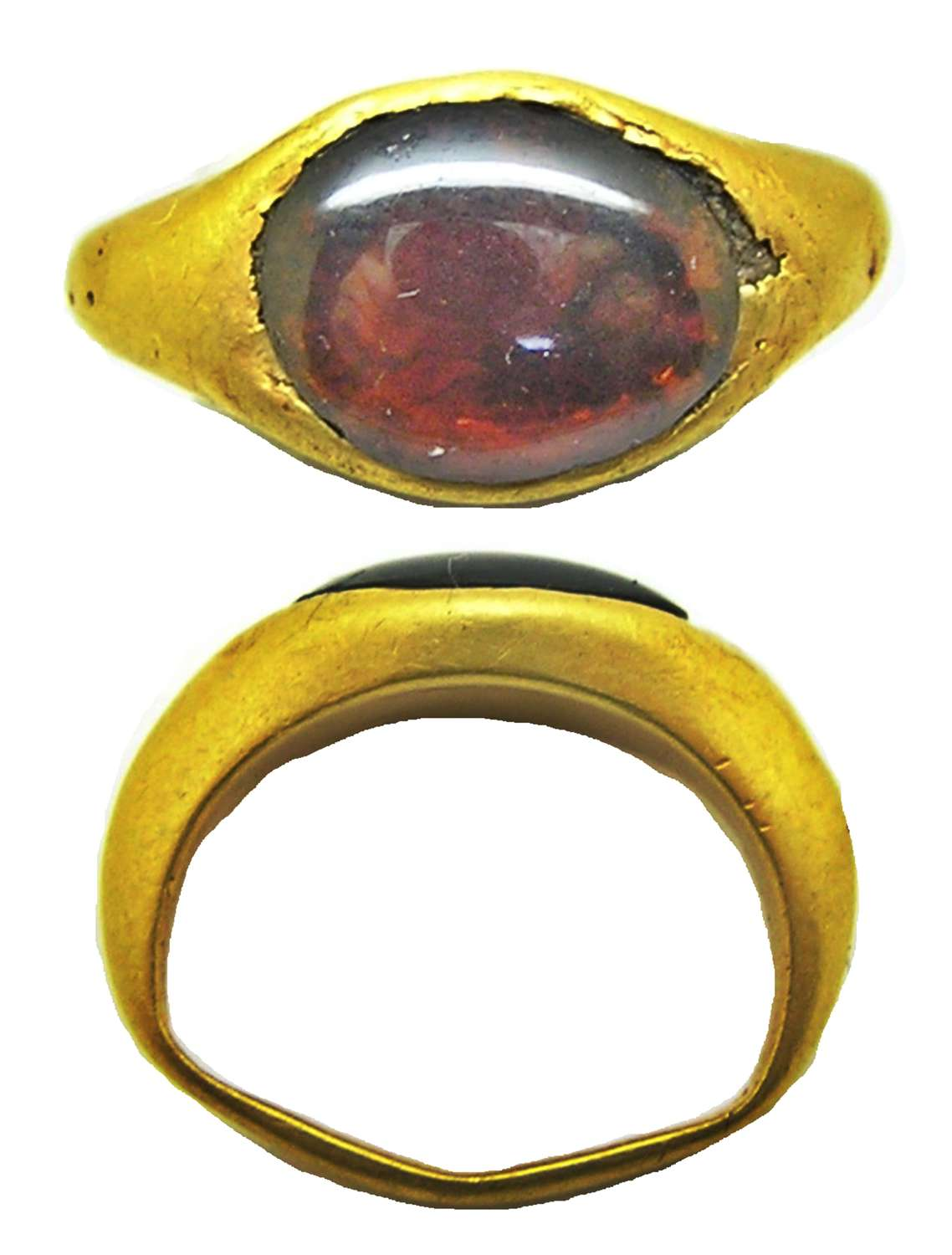 Hellenistic gold and garnet finger ring