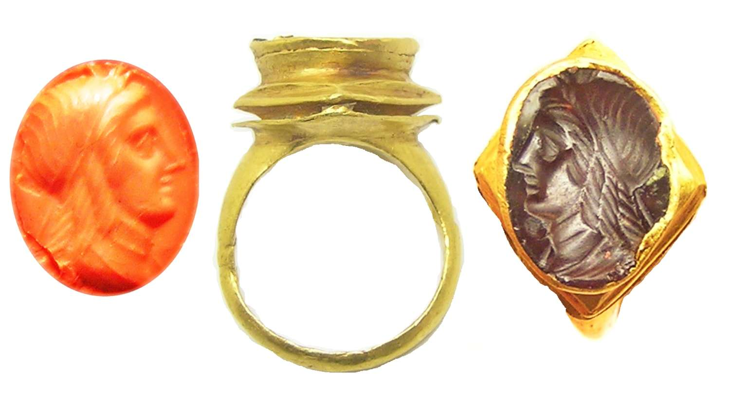 Hellenistic Ptolemaic gold and garnet intaglio ring