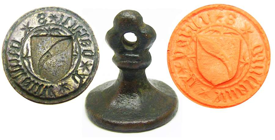 Medieval armorial seal of guilliame de garlen Cutler?