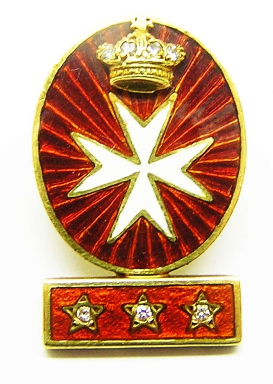 18k gold lapel badge of the Knights of Malta by Renato Cipullo