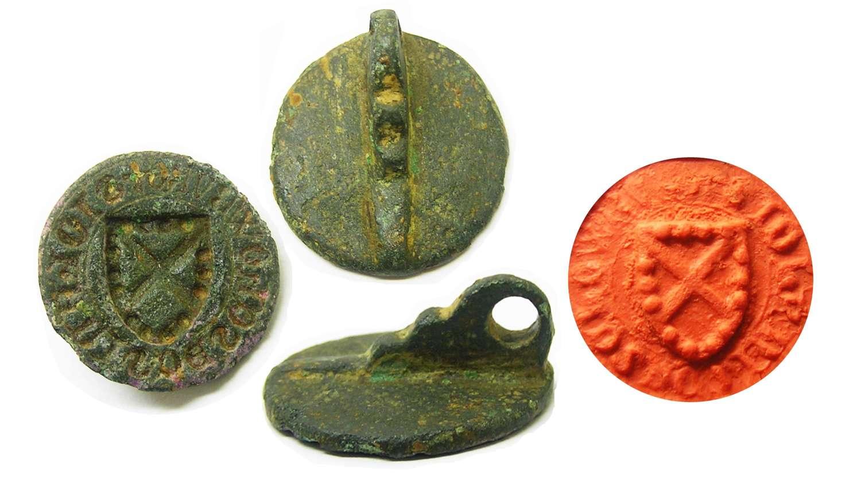 Medieval bronze seal matrice