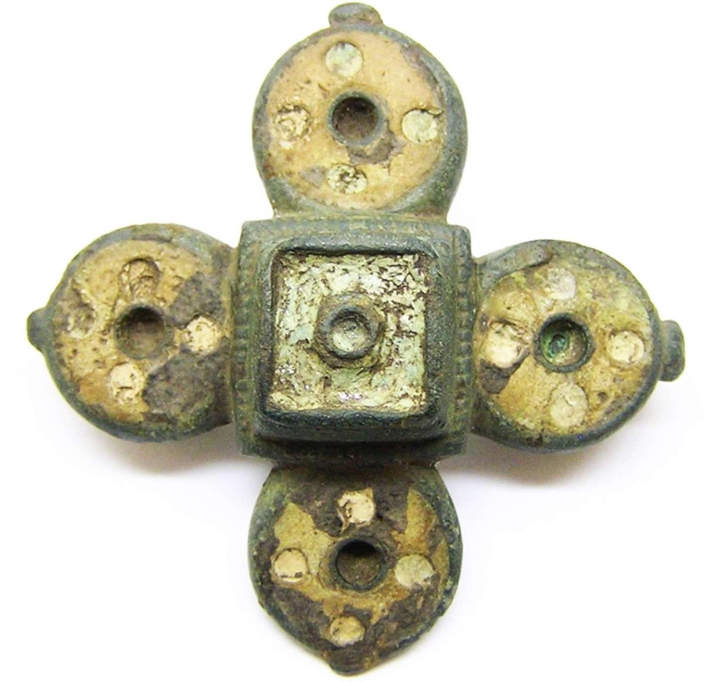 Ancient Roman bronze and enamel cruciform plate brooch