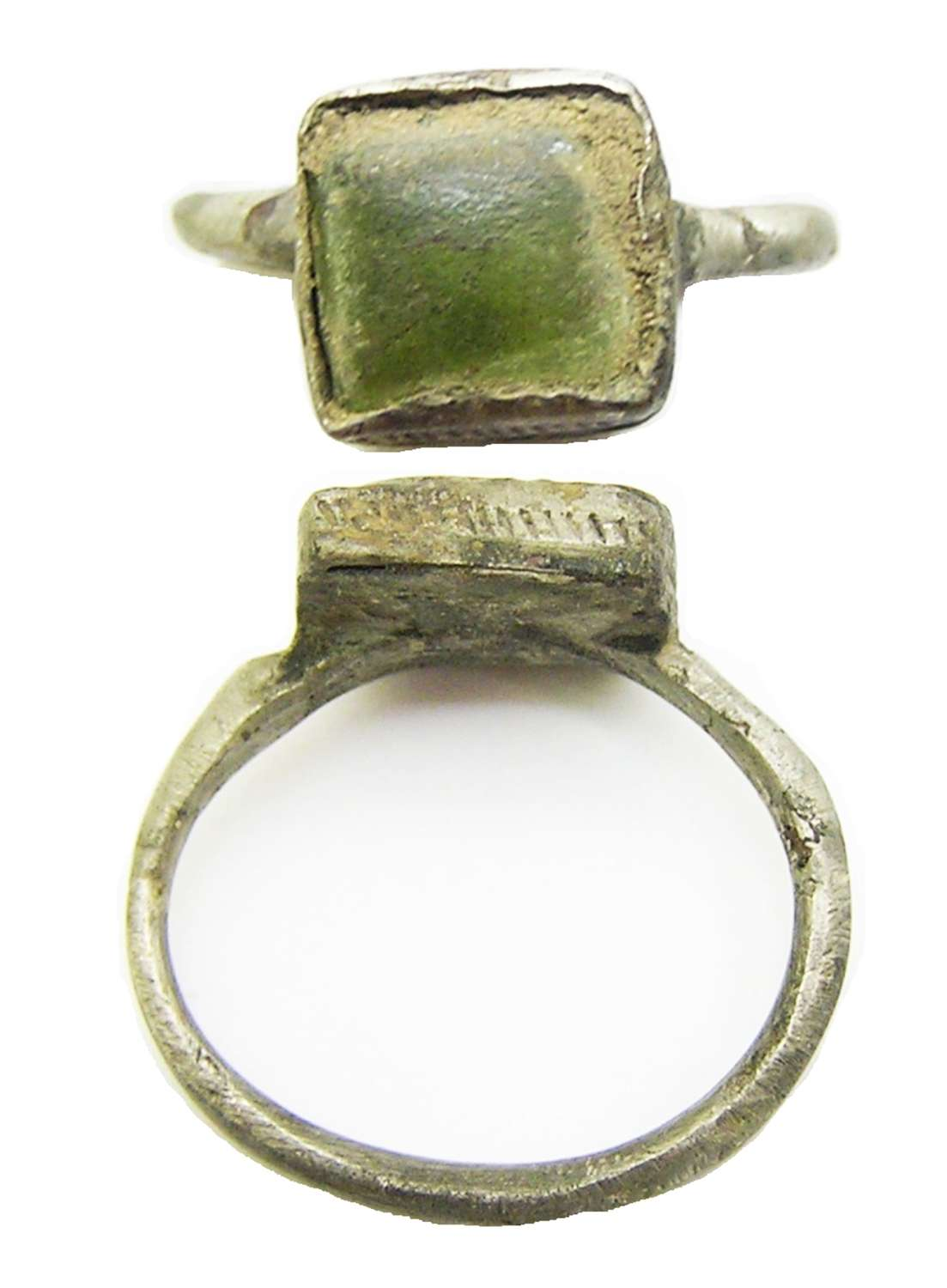 Late Medieval silver finger ring