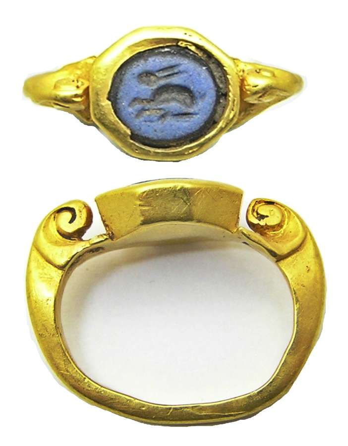 Ancient Roman gold intaglio ring of a crouching Hare sacred to Venus