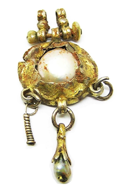Renaissance Tudor period silver gilt and pearl pendant