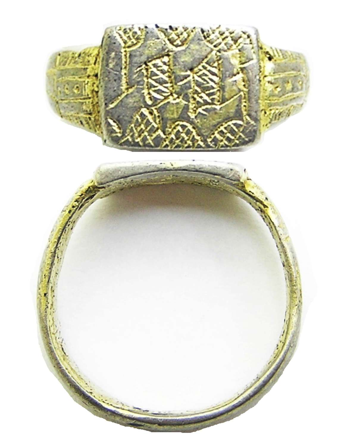 Medieval silver-gilt Retainers ring Black letter 'S' Lancastrian?