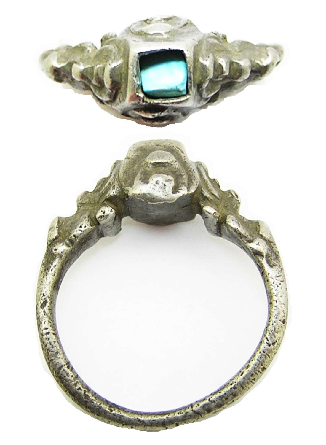 Tudor / Renaissance silver and turquoise finger ring