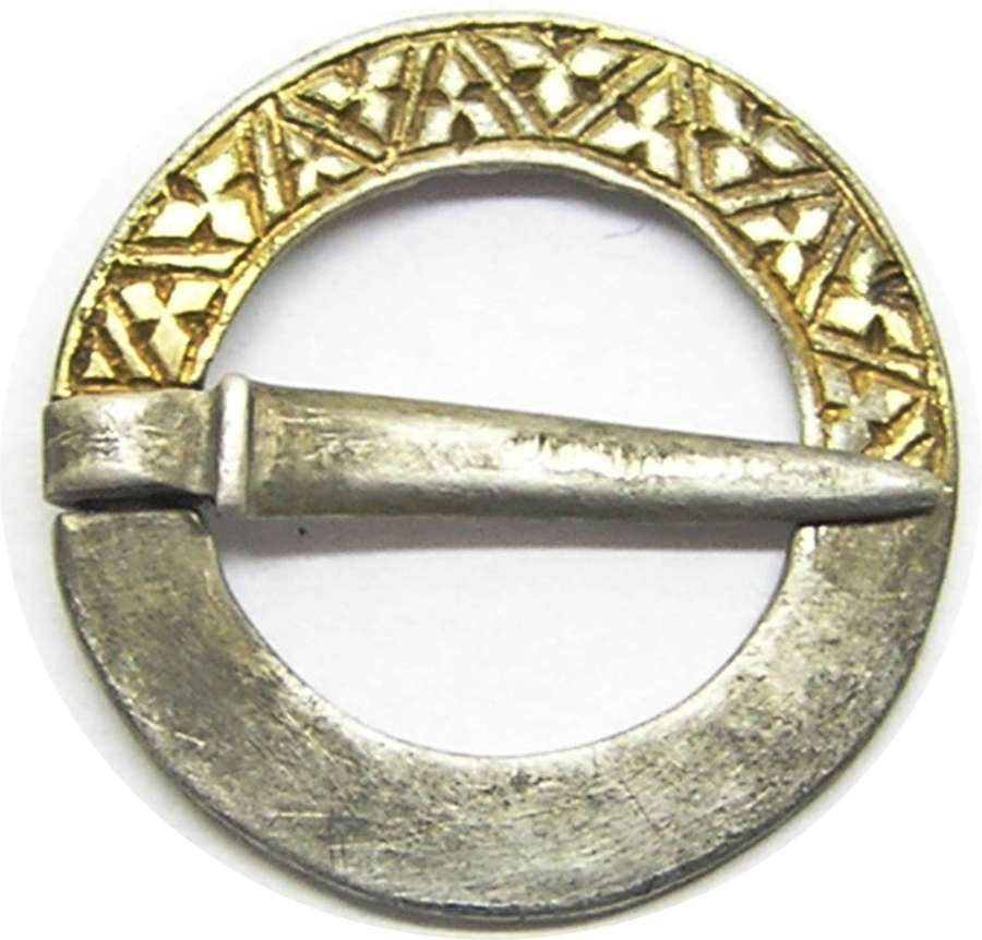 Medieval silver-gilt ring brooch