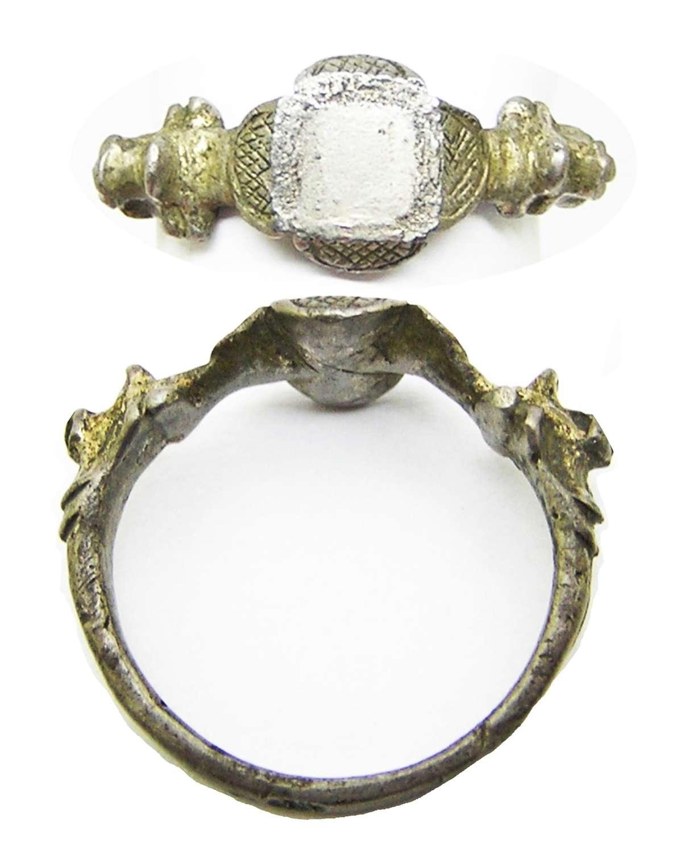 Renaissance silver-gilt finger ring