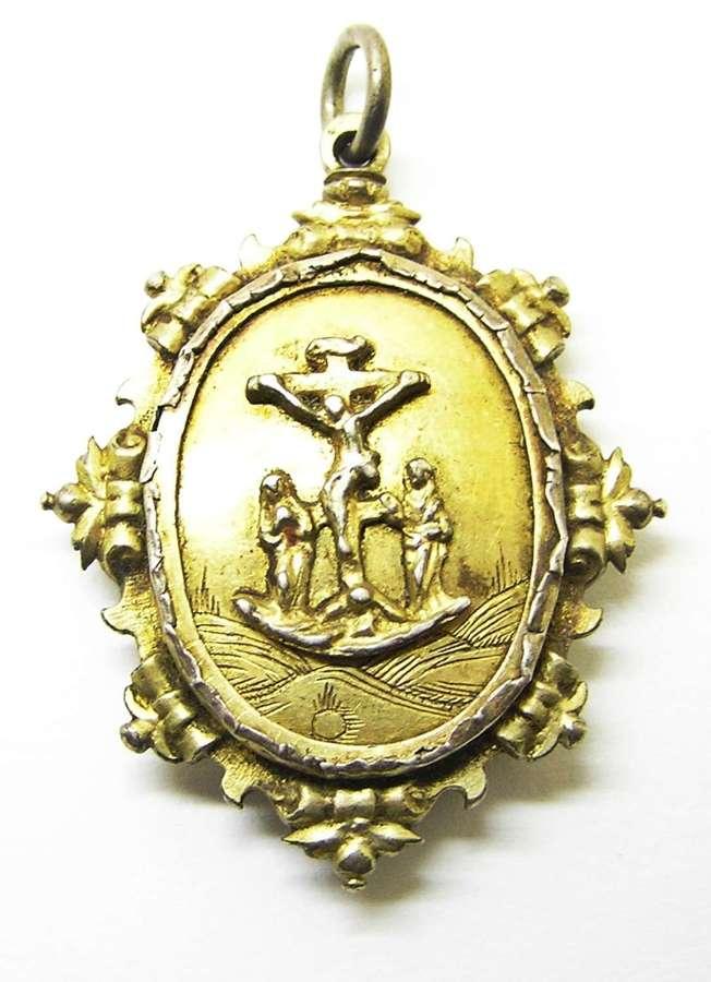 Renaissance silver-gilt reliquary pendant