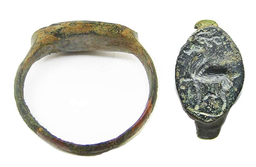 Ancient Hellenistic Greek bronze signet ring of the Ceryneian hind